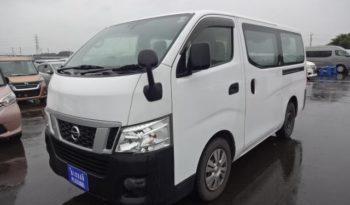 Nissan-cravan-1
